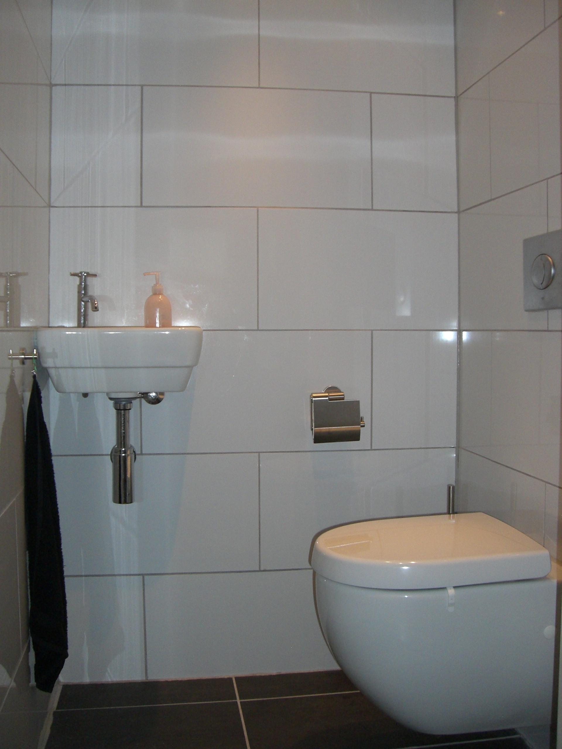 Badkamers klussen en timmerbedrijf gmb - Water badkamer model ...