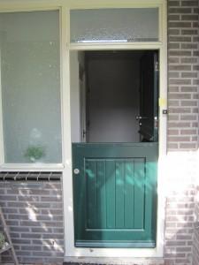 Staldeur met driepuntssluiting